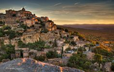 Gordes, guide to Vaucluse