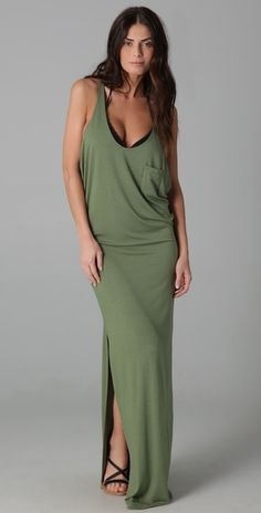 cute maternal dress, I would wear it even not preggo lol