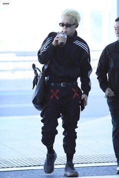Seungyoon Winner, Winner Jinwoo, Mino Winner, Fashion Idol, Kpop Fashion, Airport Fashion, Japan Fashion, Winner Kpop, Mode Grunge