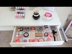 Beauty Room Ideas DIY Make-up Lagerung Luxus Vanity Drawer Organizer Ideen - Makeup Vanities, Diy Makeup Vanity Table, Makeup Vanity Storage, Makeup Vanity Lighting, Makeup Dresser, Makeup Drawer Organization, Vanity Drawers, Diy Drawers, Ikea Vanity