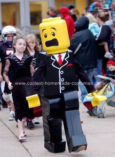 awesome dad turns his kid into a lego hero for halloween the internet dads and halloween costumes - Homemade Men Halloween Costumes