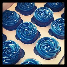 Blue Wedding Cupcakes - HeavenCupcake.com