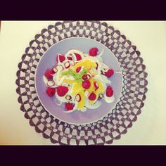 Fennel, raspberries and orange salad.