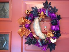 DYI Halloween wreath!  Here's one for you, Shannon