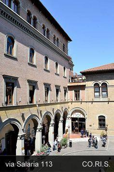Il cortile di via principe amedeo 184 ex caserma sani for Stili arredamento interni