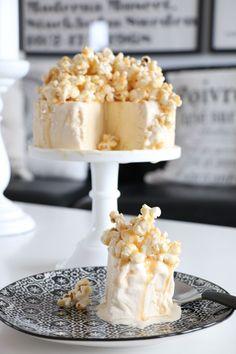 Milkshake, A Food, Deserts, Cheese, Glass, Caramel, Smoothie, Drinkware, Milkshakes
