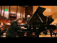 Video: Daniil Trifonov plays Chopin Piano Concerto no.1 in E minor op.11;    I. Allegro maestoso (part 1);    with Sinfonia Varsovia;  conductor Krzysztof Penderecki;    Warsaw Philharmonic;  1 march 2011