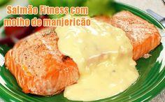 Receita Fitness de salmão ao molho de manjericão. Ótima ideia para a sua dieta de emagrecimento, podendo ser consumido também na dieta dukan.