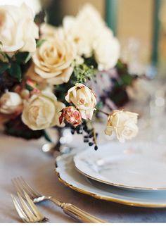 Elegant Winter Wedding Inspirations by Blue Rose Photography - www.hochzeitsguide.com