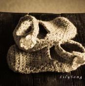EVIE SLIPPER Crochet - via @Craftsy