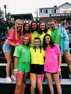 ✰ pinterest // @macy_mccarty ✰ - ↪Ⓢⓤⓜⓜⓔⓡ'①⑨ - #①⑨ #macymccarty #Pinterest Hs Football, High School Football Games, Football Spirit, Football Outfits, Football Themes, School Sports, Football Season, Neon Outfits, Themed Outfits