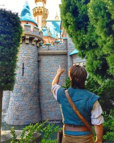 Guys i want a castle - Flynn Rider
