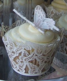 lace butterfly cupcake #celebstylewed #weddings #bridal #nuptials