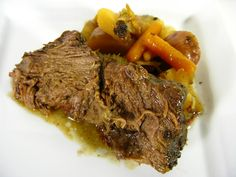 Slow Cooker 3-packet Pot Roast -- Enjoy it, slow cook it! -- Crock Pot Seasonings - crockpotseasonings.com - #crockpot #recipes Crock Pot Slow Cooker, Slow Cooker Recipes, Cooking Recipes, Crockpot Meals, Pork Meals, Ono Kine Recipes, Sauces, Easy Pot Roast, Roast Beef Recipes