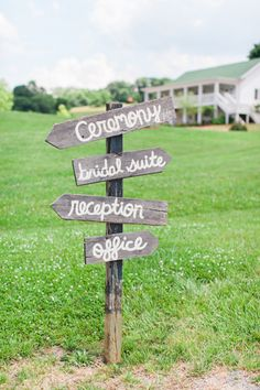 wooden signage   Declare Photography #wedding