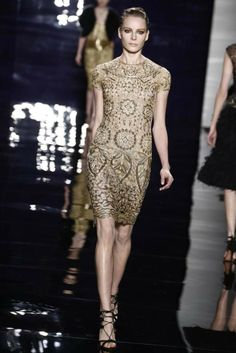 Reem Acra RTW Fall 2014 - Slideshow - Runway, Fashion Week, Fashion Shows, Reviews and Fashion Images - WWD.com