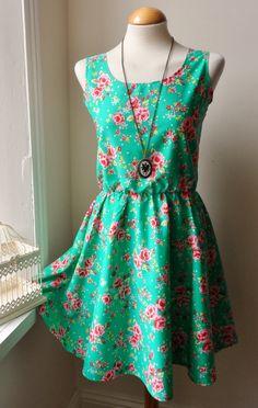 Floral Dress / Vintage Jade Green Rose Floral Dress / English Rose Dress, $40.00