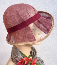 Chapeau rétro femme années 20 cloche rose beige sisal