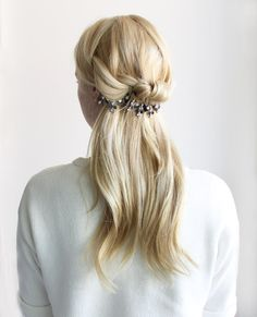 Olive + Piper Blog: How to wear Jewelry in your hair