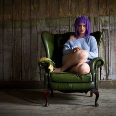 #girl #makeup #mua #hair #wig #purplehair #purple #lushwigs @lush_wigs #jumper #cosy #chair #light #lighting #naturallighting #fashion #thepitstudio #model #photoshoot @thepitstudio photographed by @kelseyleigh_photography by hollyelb123
