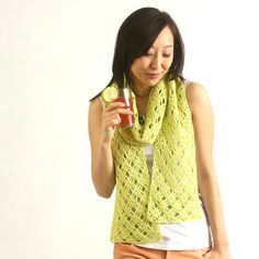 Remember the Lime Breeze Scarf from the June 2016 issue? We highlighted this design by in the June 2019 issue along with a new version as well! Lime or Raspberry? You choose! Scarf Patterns, Crochet Patterns, Lace Scarf, Summer Scarves, Learn To Crochet, Yarn Needle, Crochet Scarves, Crotchet, Breeze
