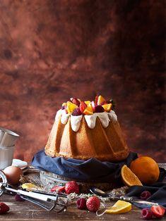 Celebramos el National Bundt Cake Day con esta fantástica receta de Bundt Cake de yemas con un toque de naranja y jengibre una mezcla qu...