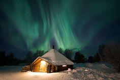 KIrkenes SnowHotel Lappish Kota under Northern Lights