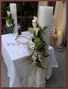 Wedding Decorations, Wedding Ideas, Table Decorations, Greek Wedding, Brownie Cookies, Bridal Bouquets, Altar, Flower Designs, Weddings