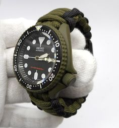 Seiko MOD OD Green Divers watch Cerakote military with hand crafted Paracord strap Seiko Automatic, Automatic Watch, G Shock Watches, Watches For Men, Wrist Watches, Vintage Seiko Watches, Seiko Skx, Nato Strap, Casio Watch