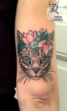 Mirja Fenris Magic Cat Eye Tattoo