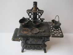 Vintage American Cast Iron Stove for Doll House by ElsasAttic, $40.00