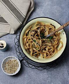 Cytrynowe jaglanotto ze szparagami i groszkiem. Obiad w 15 minut - wegański, bezglutenowy z sezonowych i lokalnych składników!