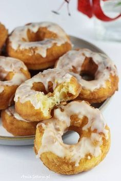Oponki z mascarpone. Donuts with mascarpone. Crunch, Healthy Sandwiches, Polish Recipes, Slice Of Bread, Food Design, Easy Cooking, Gourmet Recipes, Food Print, Food And Drink