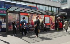 @CocaCola_GB keeping #MCR #shoppers #refreshed last week with #sampling #experiential & #interactive #iOOH 6s panel