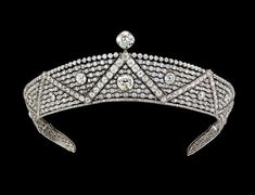 Cartier Oriental platinum diamond tiara worn by Queen Elizabeth II.