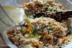 Ρεβύθια σαλάτα με κουσκούς και κάρυ Kai, Grains, Rice, Food, Essen, Meals, Seeds, Yemek, Laughter