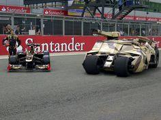 Grosjean meets Batman - Lotus meets the Batmobile! Silverstone 2012   yfrog Fullsize: http://yfrog.com/kfrqgreoj