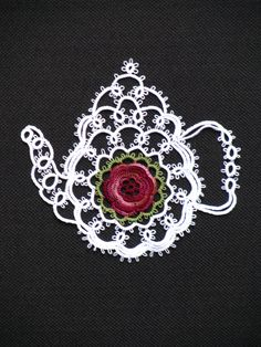 Lovely tatted teapot, by Tattabuggs Lace
