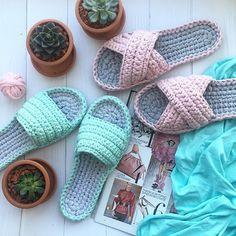 Crochet slippers easy DIY tutorial - Page 7 of 50 - hotcrochet . Crochet Sock Pattern Free, Diy Crochet Patterns, Crochet Slipper Pattern, Crochet Baby, Crochet Projects, Knit Crochet, Diy Crochet Slippers, Crochet Sandals, Minecraft Crochet