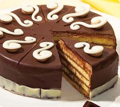 Receta sencilla de Tarta de Chocolate Yummy Treats, Delicious Desserts, Dessert Recipes, Yummy Food, Cake Cookies, Cupcake Cakes, Dessert Bread, Pastry Cake, Sweet Cakes