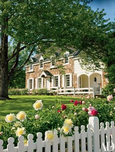 Richardson Brognard Okie Designed These Storied Buildings on a Pennsylvania Farm Owners and design partners David Guilmet and Patrick Bell restored the property's main stone house Rustic Exterior, Exterior Design, Colonial Exterior, Architectural Digest, Farmhouse Architecture, Classic Architecture, Historic Homes, Home Interior, My Dream Home
