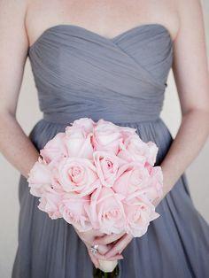 LOVE blush bouquets with neutral bridesmaid dresses! The color pops!