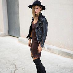 "1,358 Me gusta, 112 comentarios - Alba Zapater (@mstreinta) en Instagram: ""#throwbackthursday #tbt #mstreinta #bronceadosqueseechandemenos😭#felizjueves 💋 . . . fashionblogger…"""