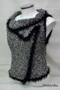 Tem coisa melhor que tricotar modelos fáceis e deliciosos de usar? Não que iremos sentir o sabor deles, hehehe, mas poder adaptar uma peça a...