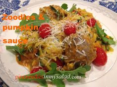 Zoodles! Zucchini noodles with meatballs and pumpkin sauce. A delicious combination.