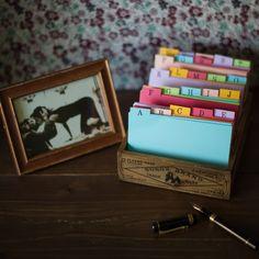 ゲストブック Upcycled Crafts, Diy Crafts, My Photos, Projects To Try, Paper Crafts, Teaching, Create, Organize, Weddings