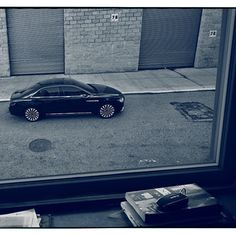 "Annie Leibovitz Shoots The Lincoln Motor Company's ""That's Continental"" Campaign"