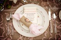love the menu, but do something similar for programs!!  also love the napkin ring tie! gorgeous!