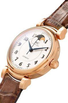 IWC SCHAFFHAUSEN - Da Vinci Automatic Moon Phase 36 Alligator And 18-karat Red Gold Watch - Rose gold - one size