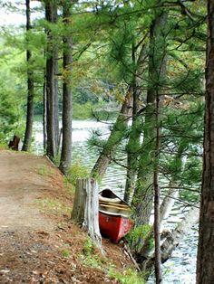 Canoe at Pharoah Lake Wilderness Region of New York Adirondack State Park Lakeside Living, Lakeside Cottage, Lake Cottage, Cottage Living, Country Living, Canoe And Kayak, Canoe Trip, Lake Cabins, Camping